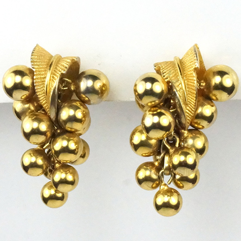 Boucher Gold Leaves and Pendant Golden Grapes Clip Earrings