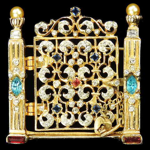 Coro 'Adolph Katz' Opening Hinged Garden Gate Pin with Key and Heart Locket
