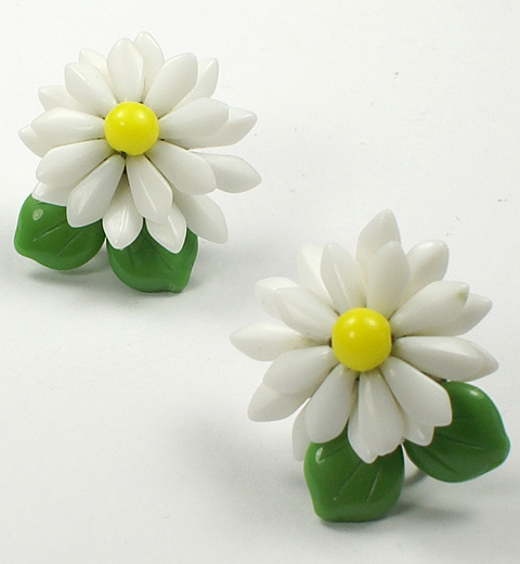 Made in Germany Poured Glass Daisy Screwback Earrings