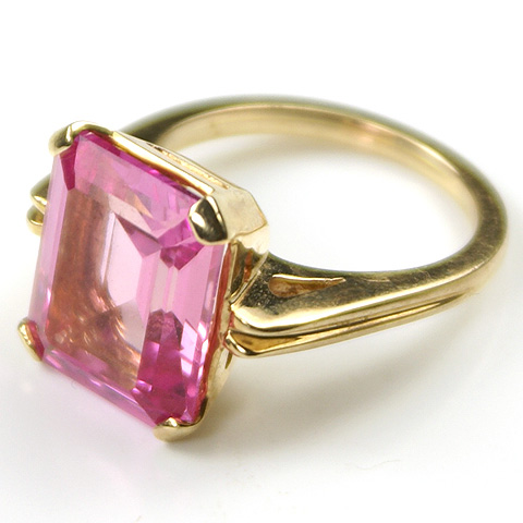 Goodman 10 Kt Gold and Pink Topaz Finger Ring