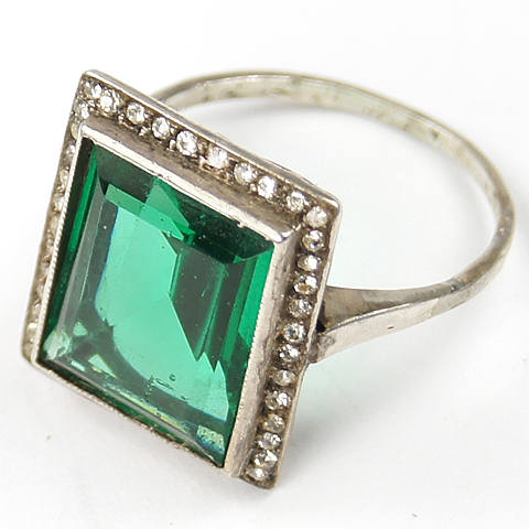 Square Cut Emerald Deco Finger Ring