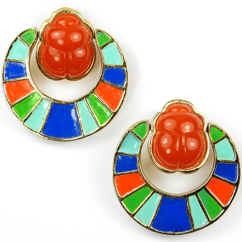 Hattie Carnegie Egyptian Revival Carnelian Scarab with Enamelled Pendant Doorknocker Clip Earrings