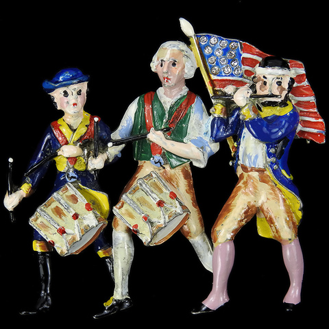 WW2 US Patriotic 'Yankee Doodle 1776' Stars and Stripes Fife Player and Two Drummers Pin