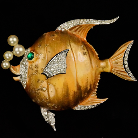 Trifari 'Alfred Philippe' 'Tropical Fantasies' Gold-Dusted Yellow Enamel Angelfish with Pearl Bubbles Fish Pin