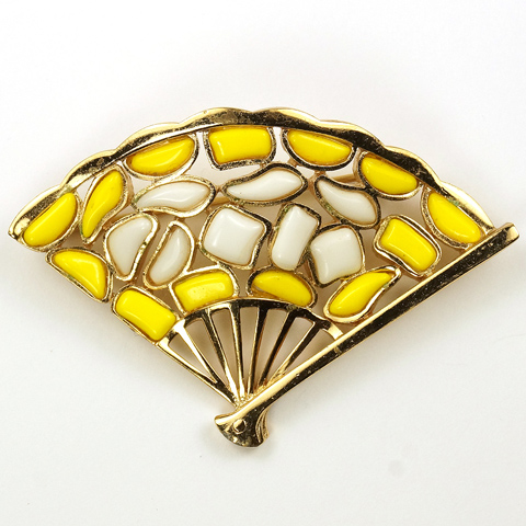 Trifari 'Alfred Philippe' 'Modern Mosaics' Yellow and White Poured Glass Fan Pin
