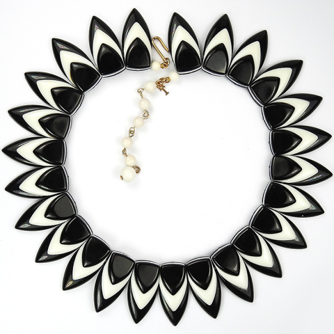 Trifari Black and White Sunburst Pattern Choker Necklace
