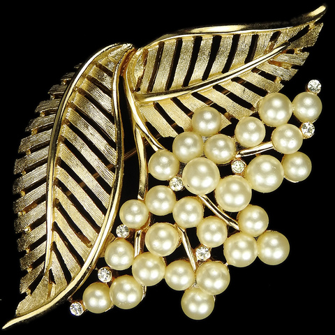 Trifari 'Alfred Philippe' Gold Openwork Leaves and Pearl Buds Floral Spray Pin