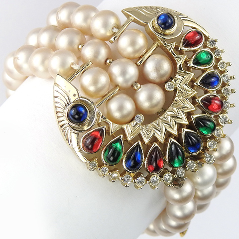 Trifari 'Alfred Philippe' Maharajah 1960 Jewels of India Gold Tricolour Teardrop Cabochons Triple Stranded Pearl Bracelet
